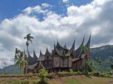 Istana Besar Pagaruyung, Sumatera Barat